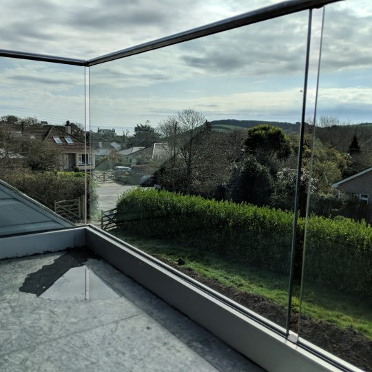 gorran frameless glass balustrade in cornwall