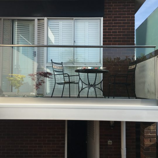 Ivan frameless balustrade system