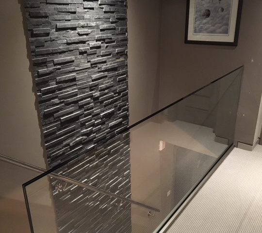 Vantage frameless glass balustrade on landing no handrail