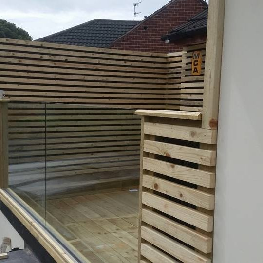 Zoe frameless glass balustrade vantage